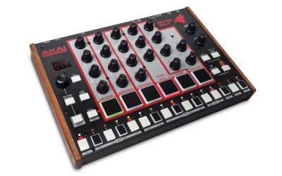 Akai - Akaı Rhythm wolf Drum Machine