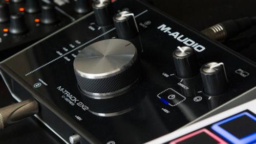 2x2 m-track ses kartı