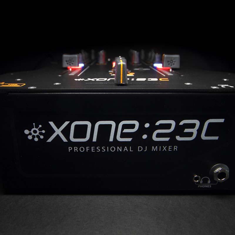 Allen & Heath Xone:23C 2 Kanal DJ Mikser