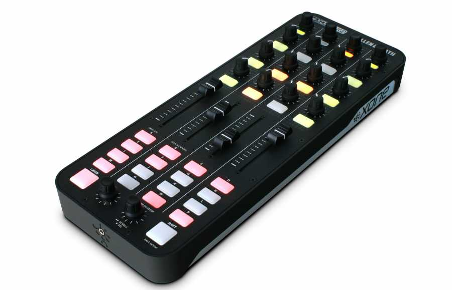 Allen & Heath Xone:K2 DJ ve Producer MIDI Controller