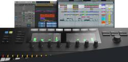 Native Instruments Komplete Kontrol S49 MK2 - Thumbnail