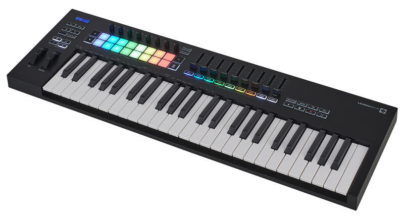 Novation Launchkey 49 MK3 Midi Klavye