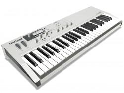 Waldorf - Waldorf Blofeld Keyboard